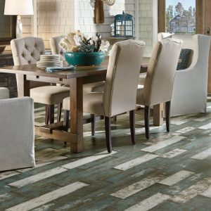 Dining table on Laminate flooring | Tom January Floors